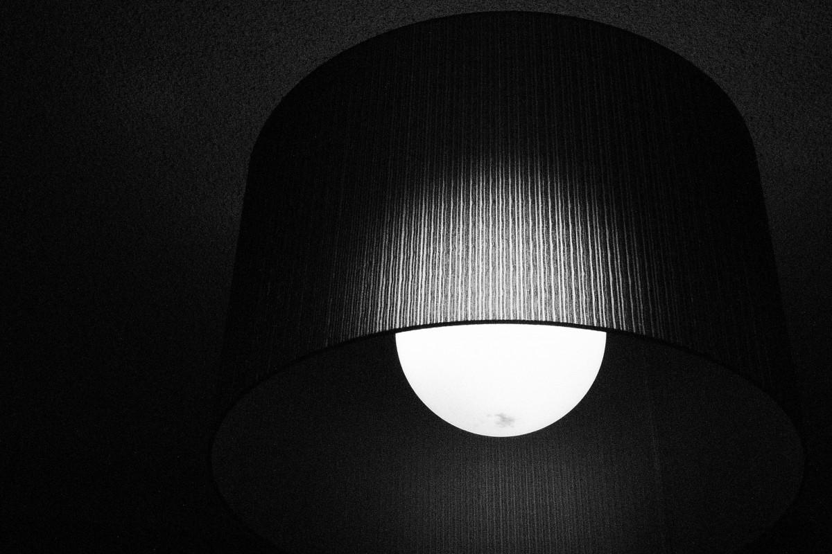 Lumină în întuneric