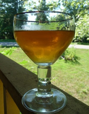 Un pahar cu mied