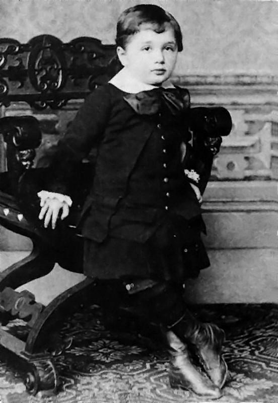 Albert Einstein la 3 ani