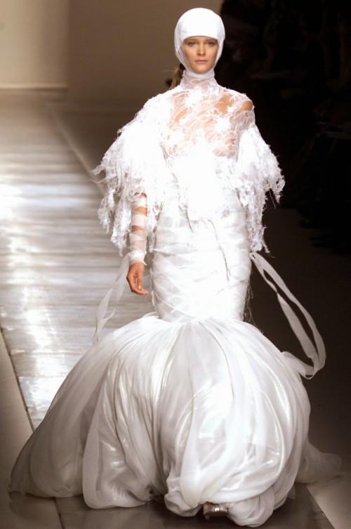 Givenchy 2002