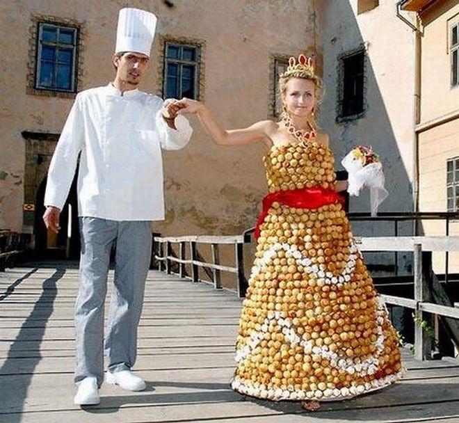 Rochia din prăjiturele