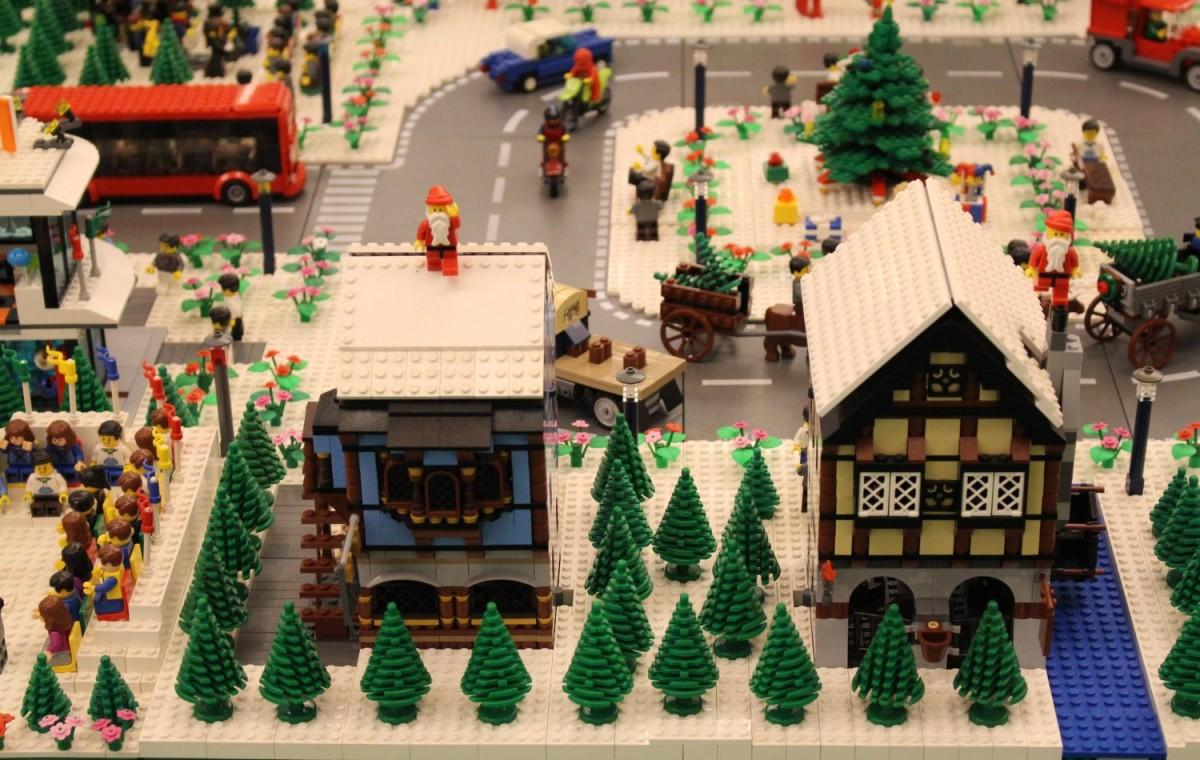 A venit Crăciunul în Lego City