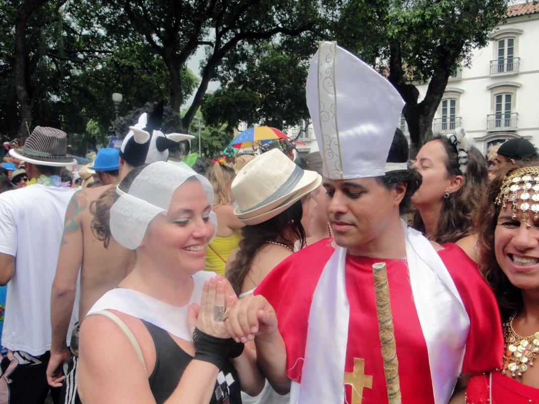 Distracţie în costume de carnaval
