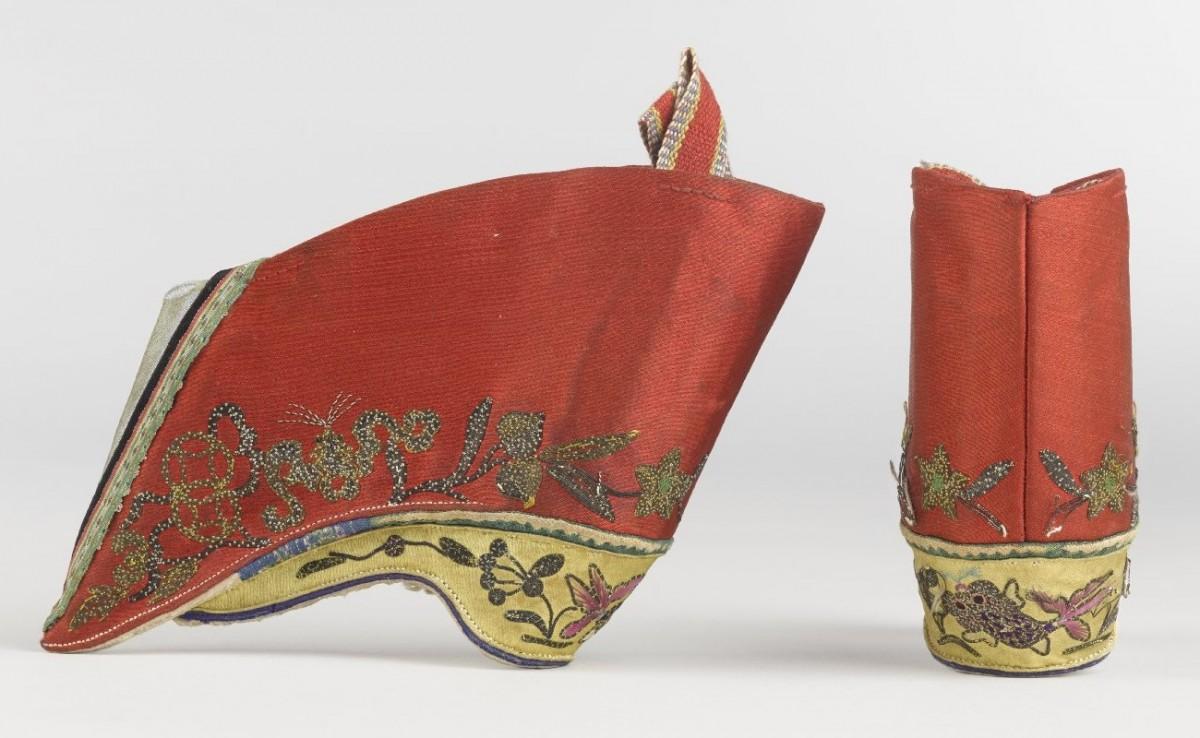 pantofi lotus