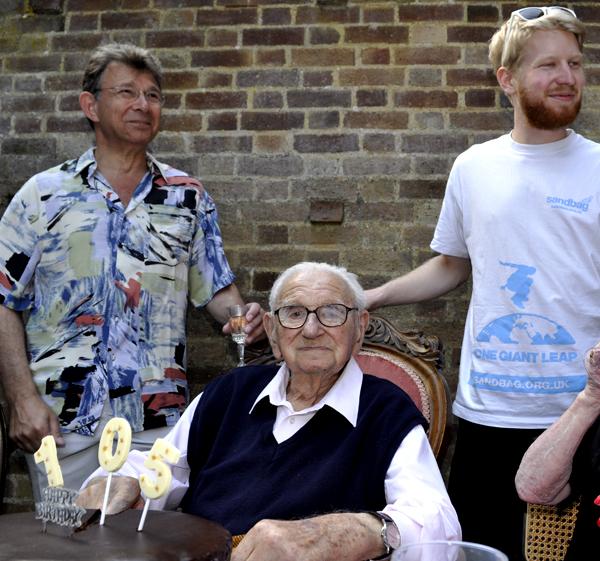 Nicholas Winton la aniversarea a 105 ani