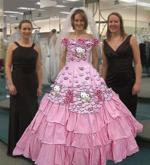 Rochie de mireasă Hello Kitty