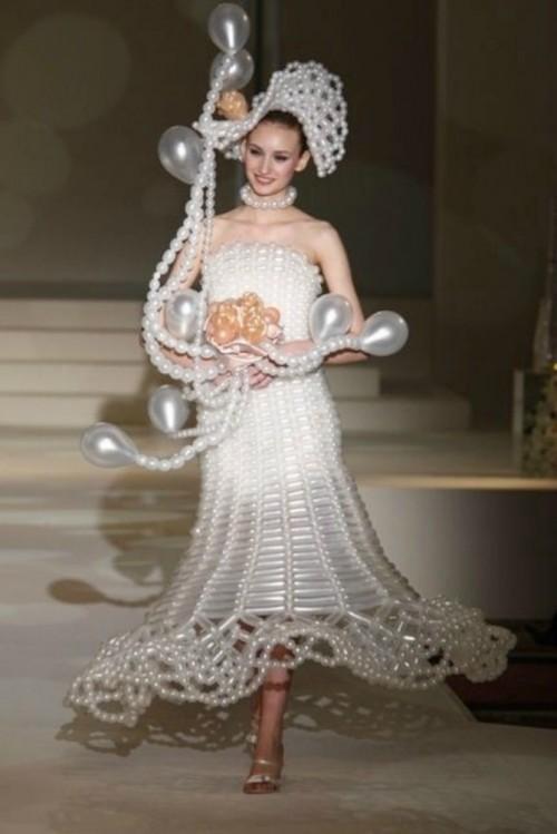 Rochie de mireasă din baloaneRochie de mireasă din baloane
