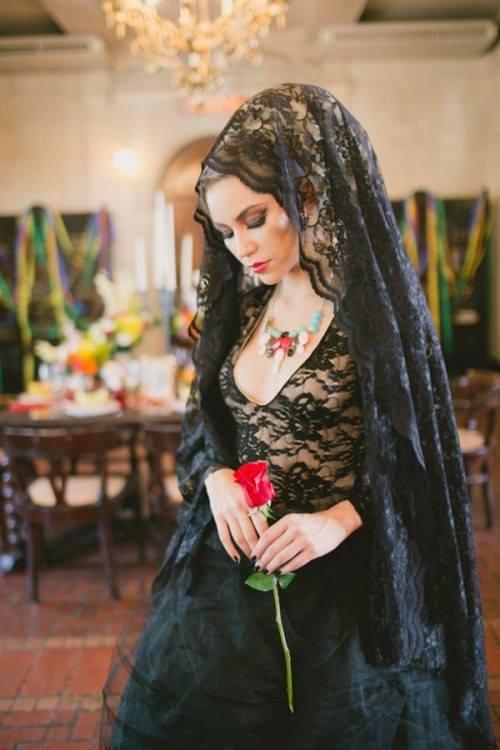 Văduva neagră