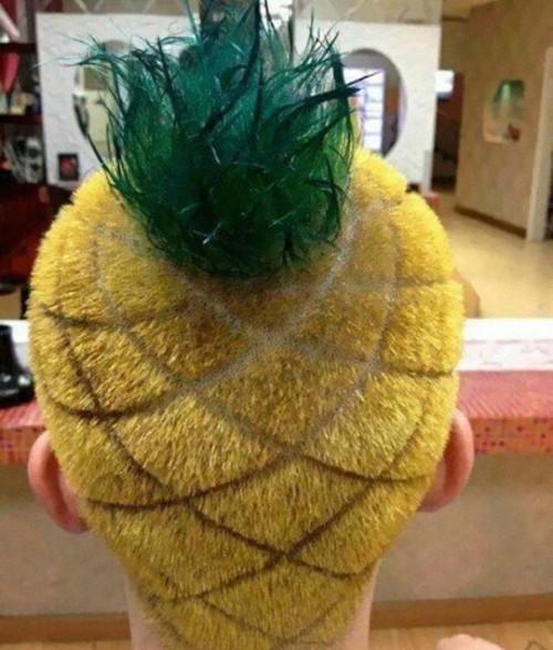 Cap ca un ananas