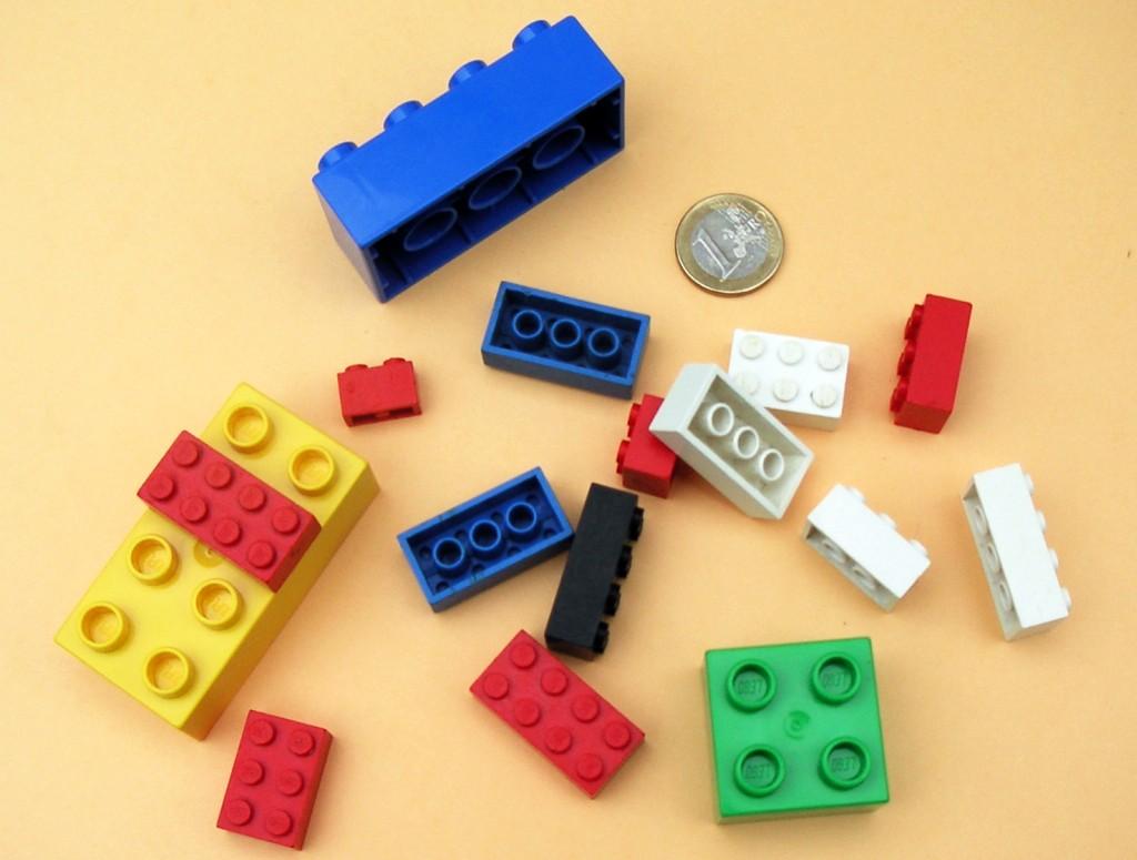 Cărămizi Lego şi Lego Duplo