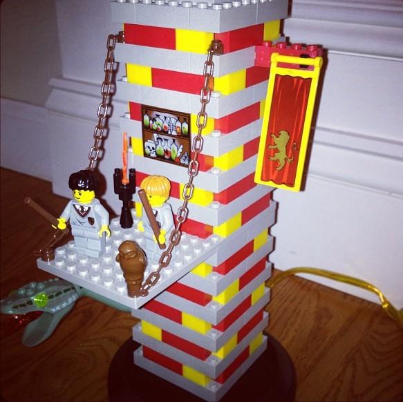 Mega Bloks şi Lego