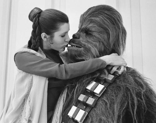 Leia şi Chewbacca