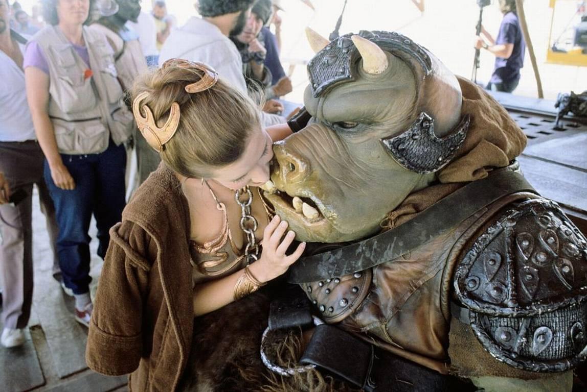 Leia şi gardianul gamorrean