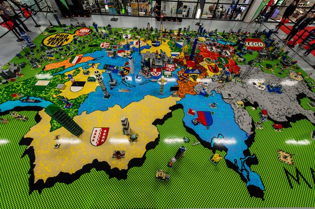 Harta Elveţiei din piese Lego