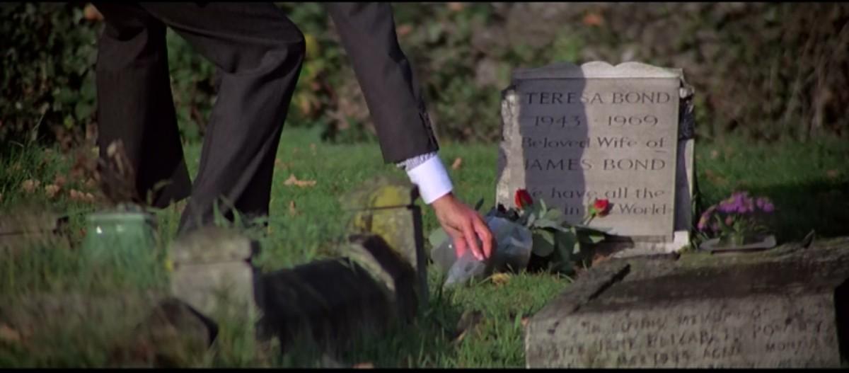 Mormântul lui Tracy Bond