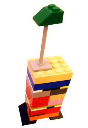 Girafă din piese Lego